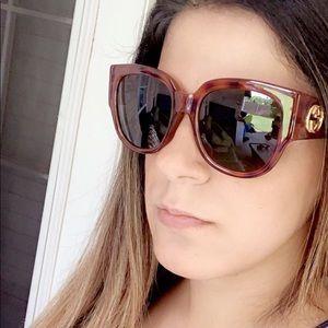 Beautiful Gucci sunglasses 😍😍